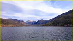 Picture of mountain backdrop at Grand Lake
